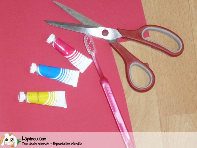 Carte peinte à la brosse à dents