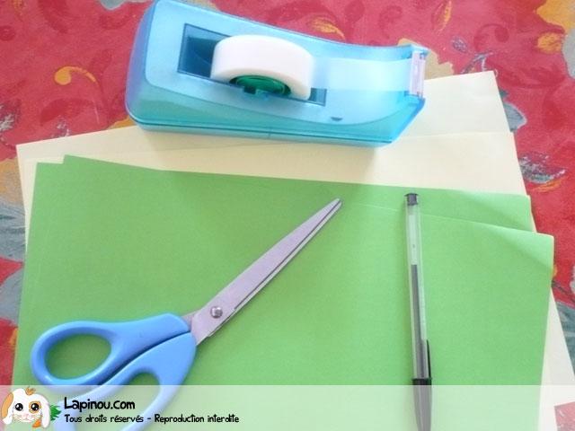 Sapin de no l en papier bricolages pour les enfants sur - Bricolage sapin de noel en papier ...