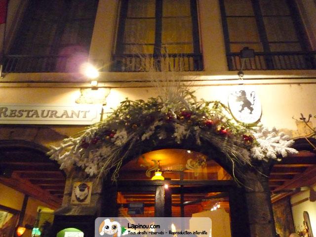 Decoration vitrine noel restaurant